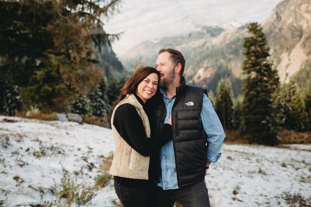 snow couple photo mountain